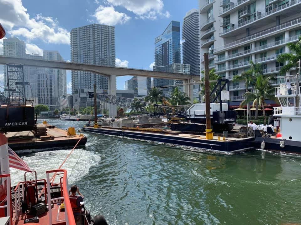 Miami River barge move